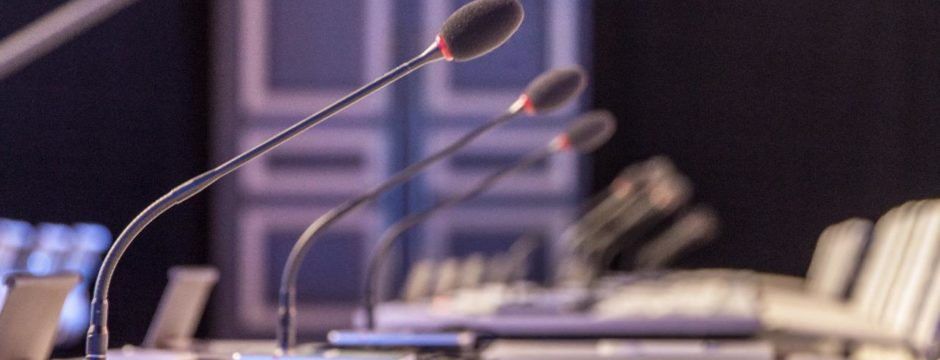 delegate microhones for simultaneous interpretation
